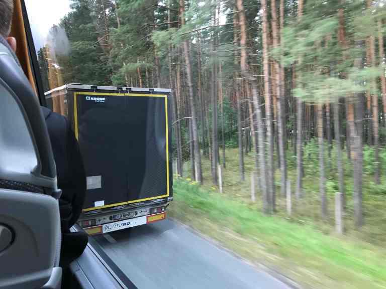 Hetkeen pysähtynyt blogi Interrail Italiaan Bussilla Berliiniin ohitus